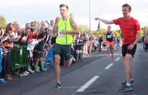 Paul Robinson finishes in 3:53:4 to the delight of organiser Dermot McDermott
