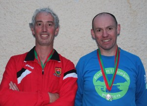 Men o45 l-r Paul Reynolds 1st, Padraic McVann 2nd